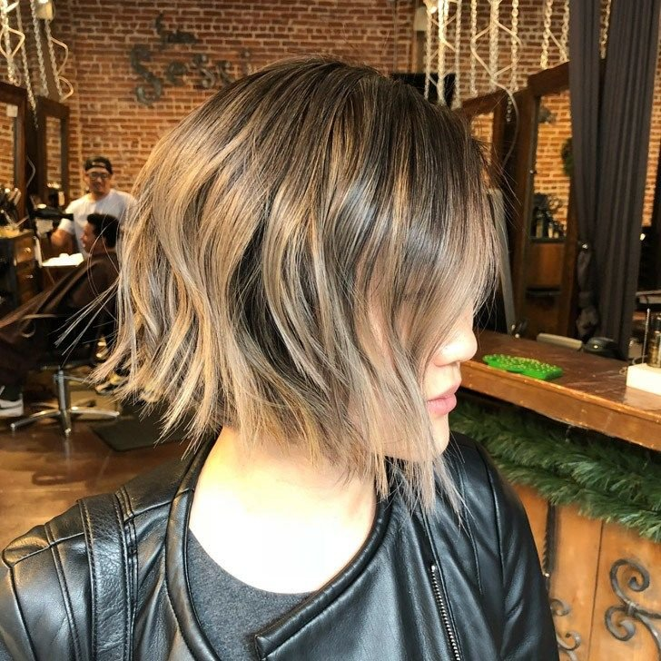20-trendiest-short-haircuts-in-2018-to-upgrade-your-usual-styles_5