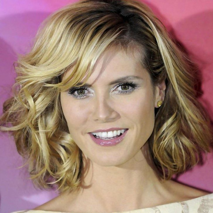 40 Youth Restoring Short Hairstyles For Women Over 40