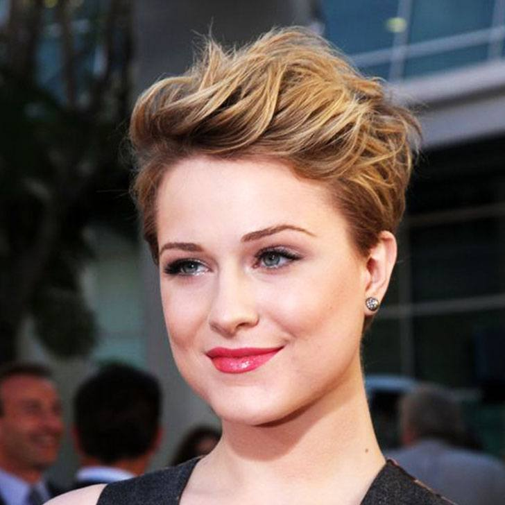 25 Flattering Short Hairstyles For Round Face