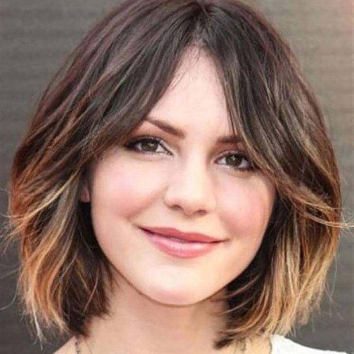 25 Best Haircuts For Round Faces