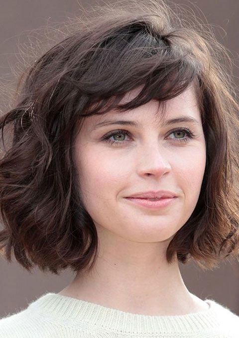 20-youth-restoring-short-hairstyles-for-women-over-40.jpg